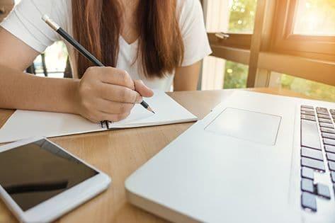 nauka angielskiego online z lektorem